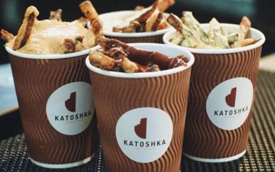 Usahawan Muda Raih RM6000 Sehari Dengan Menjual 'Katoshka'
